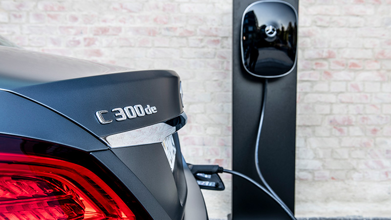 The benefits to plug-in hybrid and electric vehicles...